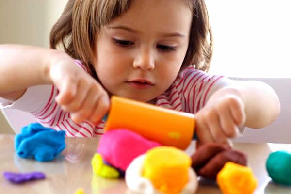 criança-brincando-2