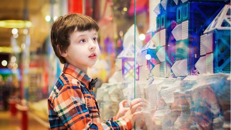 Como Educar Crianças Conscientes e Fugir dos Perigos do Consumismo 1